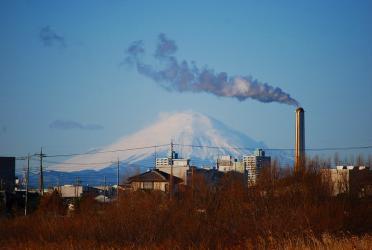 ビン沼川より見る富士山