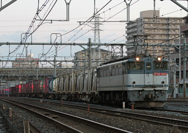 EF65-1083 2074レ