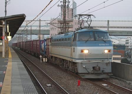 EF66-117 4083レ