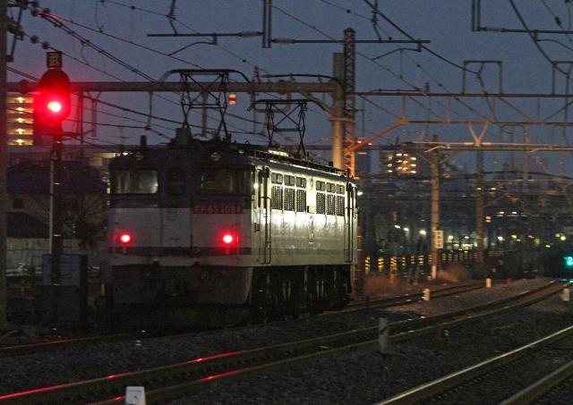 EF65-1084 単3074レ