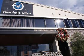 five feet cafe