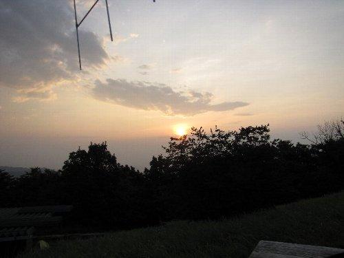 4 陣馬山の朝日
