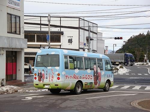 ゲゲゲのバスは何処に行くんかな?