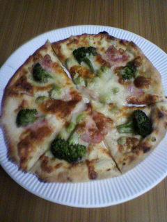 季節の 野菜 ピザ
