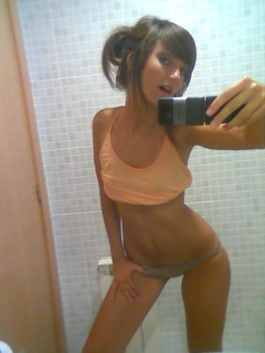 amateur_slut_pics_8.jpg