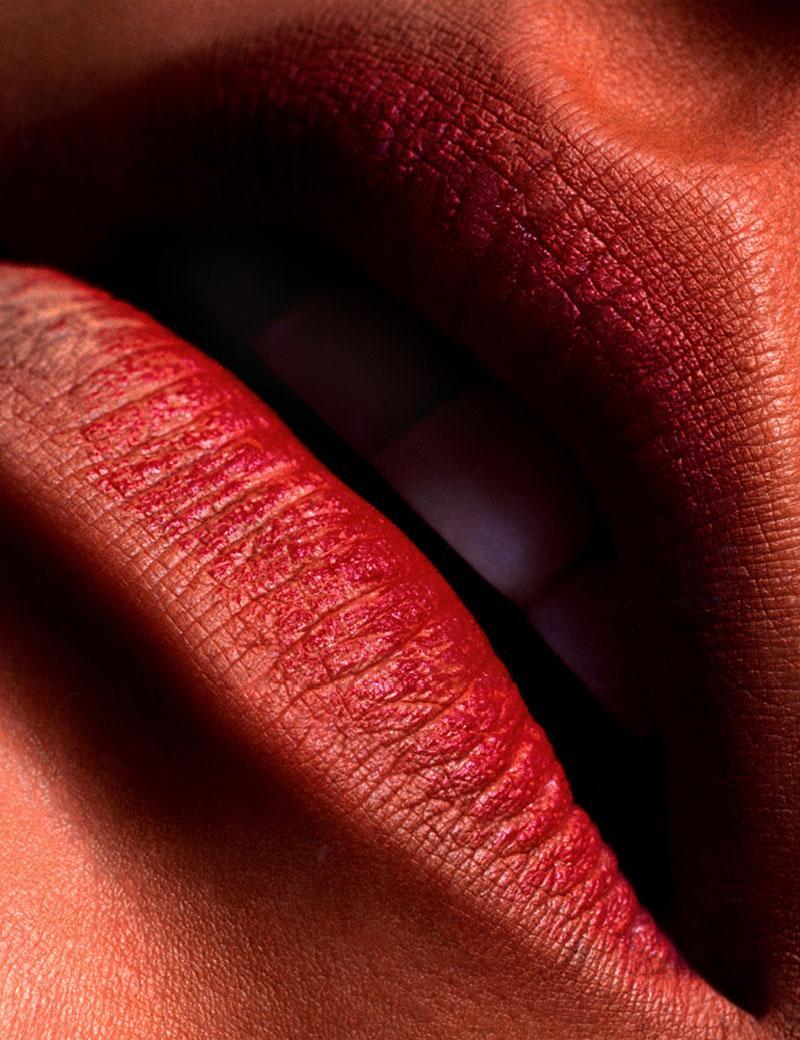 beautiful_womens_lips_13.jpg