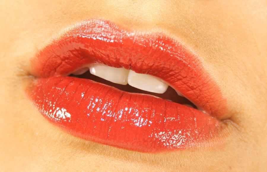 beautiful_womens_lips_14.jpg