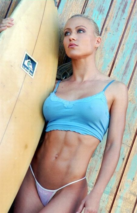 girls_with_six_pack_21.jpg