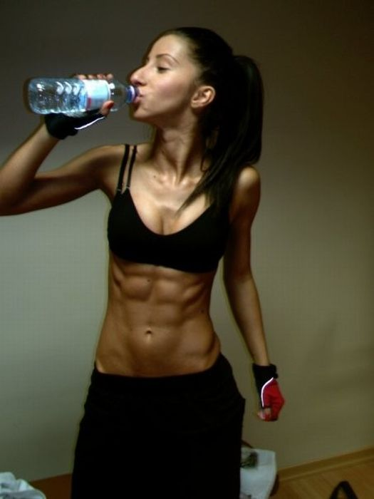 girls_with_six_pack_30.jpg