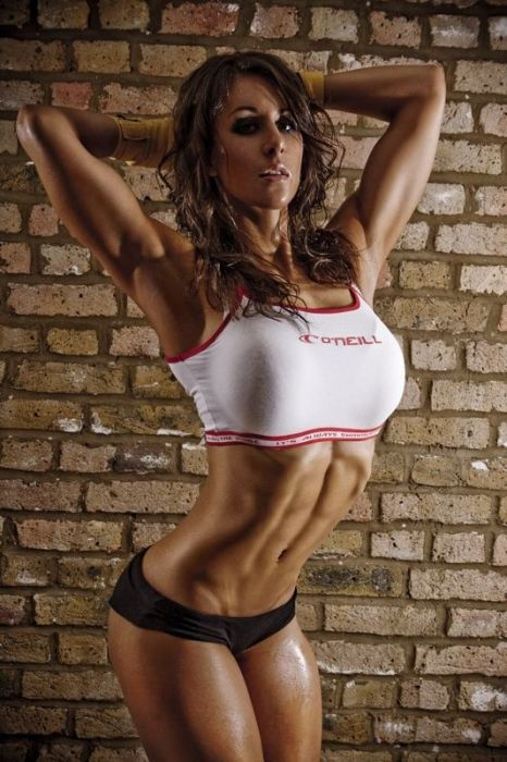 girls_with_six_pack_36.jpg