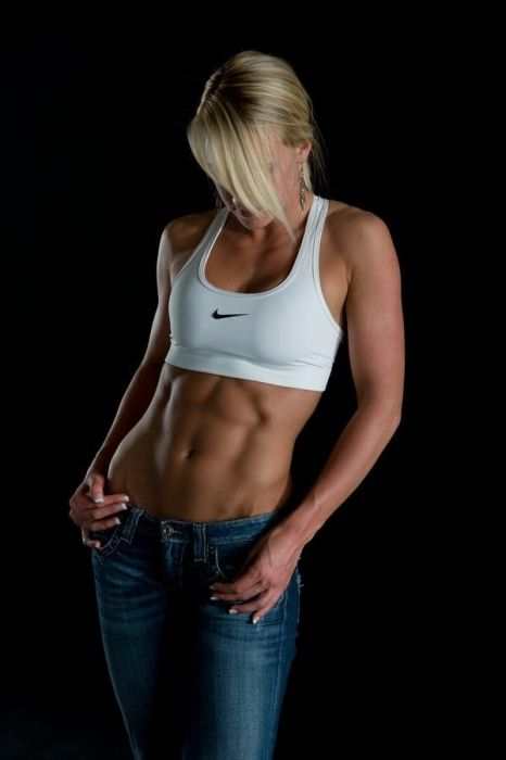 girls_with_six_pack_43.jpg