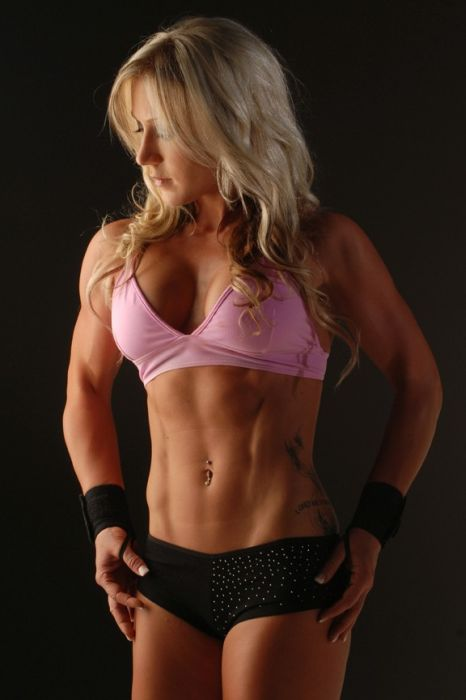 girls_with_six_pack_52.jpg