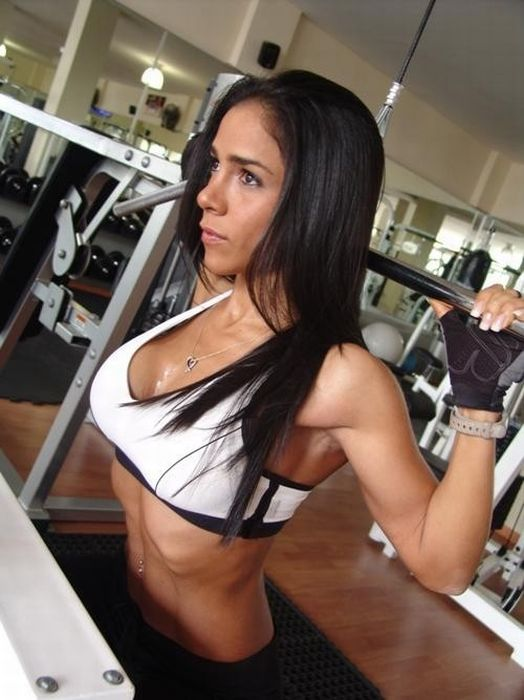girls_with_six_pack_86.jpg