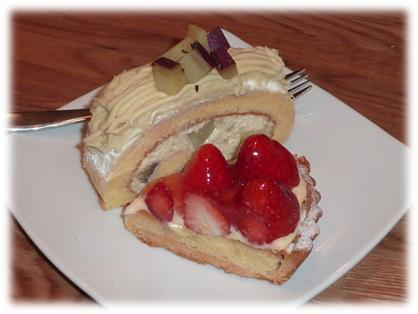 さつま芋のロールケーキ&イチゴのタルト