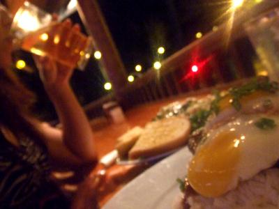 ハワイ レストラン ルルズ・ワイキキ・サーフ・クラブ