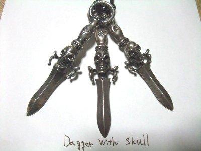 dagger with skull 027