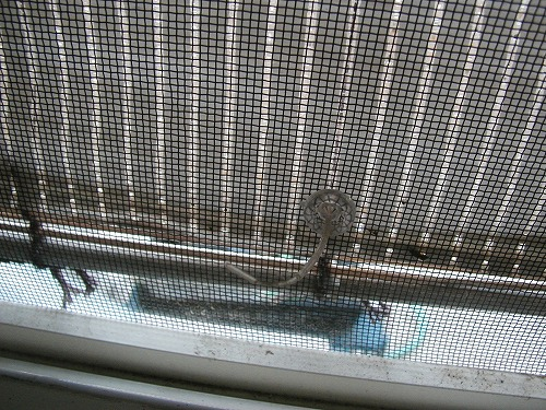 続ー風呂場の窓目隠し現状-15