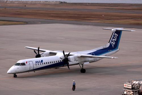 新潟空港の飛行機