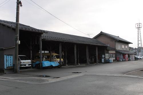 村松のバスの車庫