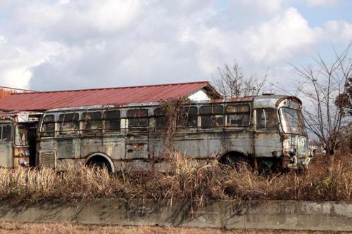 バス廃車体の1