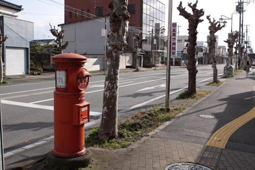 吉沢交差点の丸ポスト