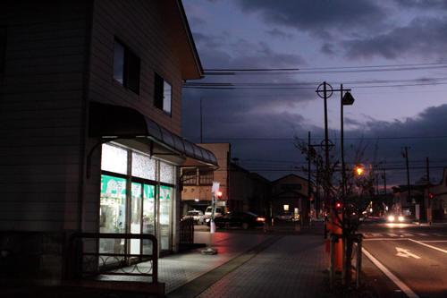 会津坂下のお茶屋さん前の丸ポスト