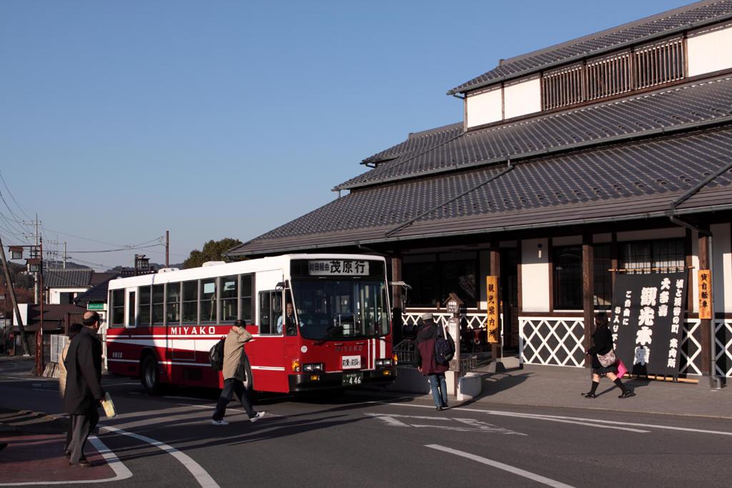 大多喜駅前の都バス