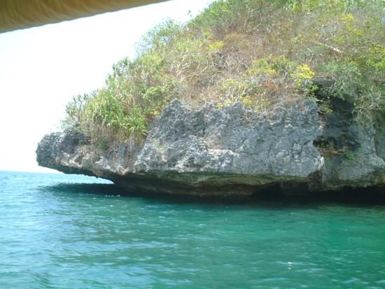 island cave 2