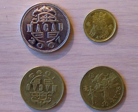 macau110210 coin