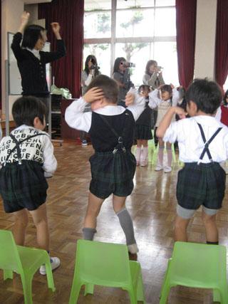 dance100121.jpg