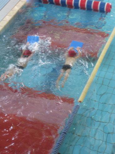 swimming091122.jpg