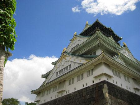 大阪城 展望台でおじいさんに声をかけられ写真を撮ったり撮られるなどした