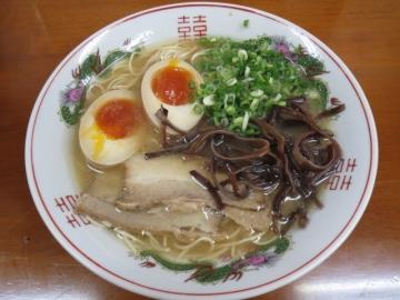 煮玉子ラーメン 500円