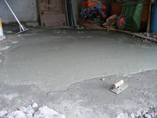 納屋 コンクリート打設