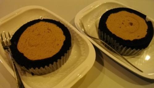 チョコ味ロールケーキ2