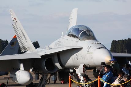 F-15戦闘機 ?