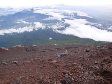090808-09須走登山道を上から見る