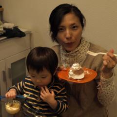 ケーキ食べます
