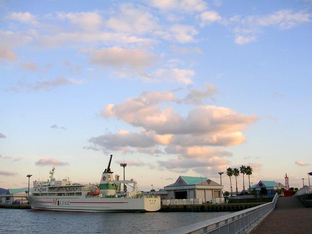 夕方の港風景