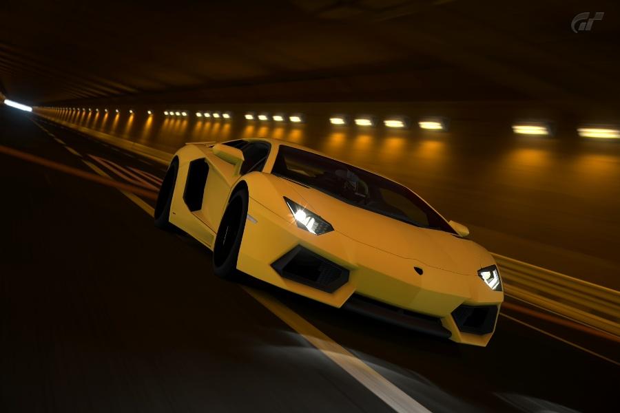 Aventador_04.jpg