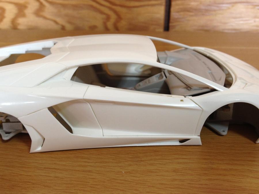 Lamborghini-Aventador_08.jpg