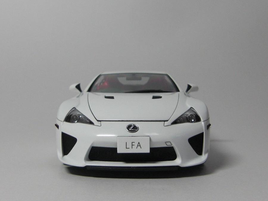 lexus-LFA_45.jpg