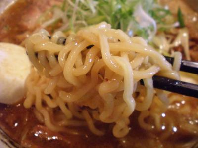 鮪豚骨麺 味噌 麺あっぷ@蓮海さん