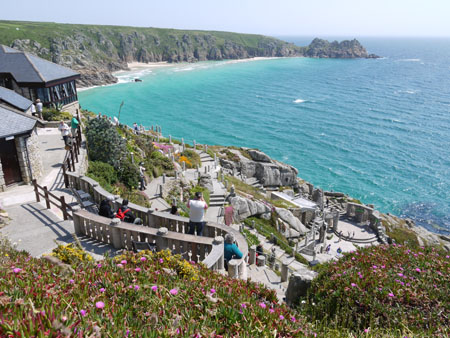 THE MINACK THEATRE1