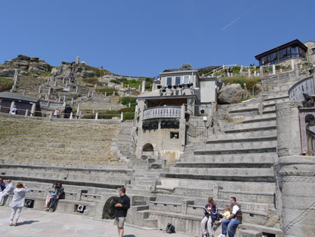 THE MINACK THEATRE2