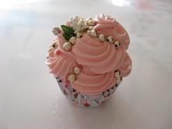 姫系いちごカップケーキ
