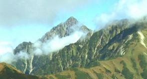 見えてきた劒岳の山々