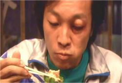 パクリと食し・・