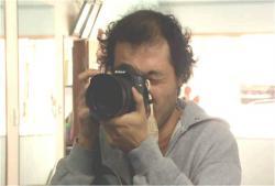 かっちゃんの練習をカメラに撮っている小道