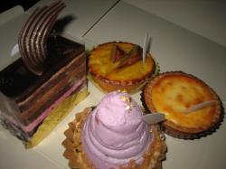 タルト3種とチョコケーキ